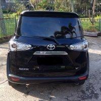 Toyota: Jual Sienta Hitam, Sienta Manual 2016, Sienta Km Rendah, Sienta V (2.jpg)