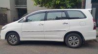 Innova: Dijual Toyota Inova V-AT 2.0, putih mulus