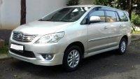 Jual Toyota: Kijang Innova V Luxury, Mobil Lama Seperti Baru Plus Irit Bahan Bakar