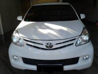 Jual Toyota: Avanza E + at th 2013