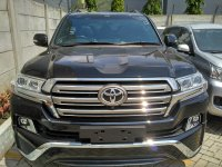 Jual Ready Stock Toyota Land Cruiser Full Spec 200 A/T Diesel...Buktikan