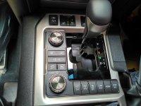 Ready Stock Toyota Land Cruiser Full Spec 200 A/T Diesel...Buktikan (IMG_20160901_121646_HDR 1.jpg)