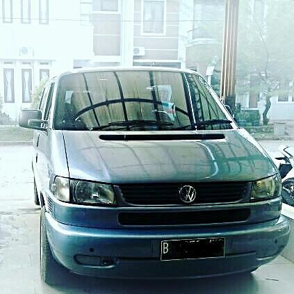 VW Caravelle GL A T Bensin Mulus Skli
